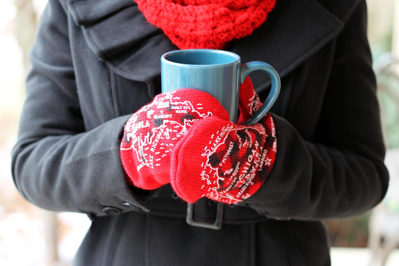 4 Fun Gift Ideas From Michigan Mittens // Check out the latest from Michigan Mittens - L'Oven Mitts, Hunter's Plaid Mittens, Old Maid in Michigan, and more! (via Wading in Big Shoes)