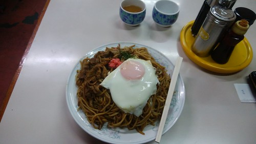gifu-takayama-chitose-yakisoba-with-pork-and-egg02