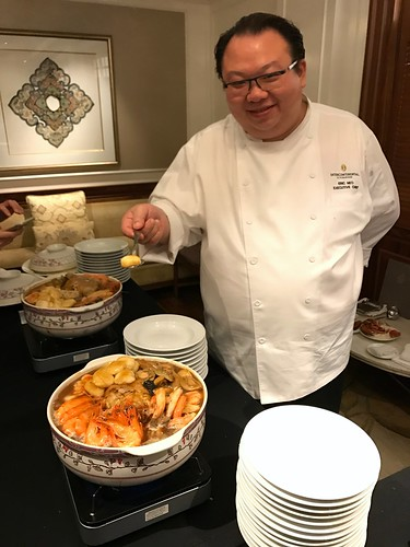 Chef Eric Neo with a Pot of Pen Cai at Man Fu Yuan's 2017 CNY Media Preview