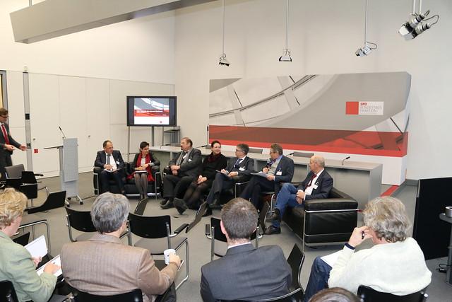 """Konferenz """"Wunsch und Wirklichkeit - Landwirtschaft im Wandel"""" am 12.12.2016"""