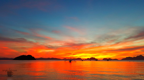 Sunset in Corong-Corong Beach, El Nido, Palawan
