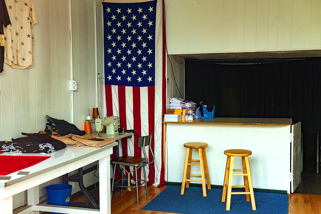 Large flag in tailor shop--Scranton