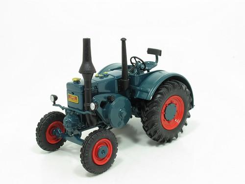 Lanz Bulldog tractor model