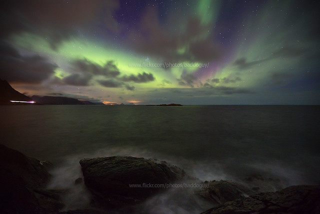 Northern Lights by the Sea (Lofoten)