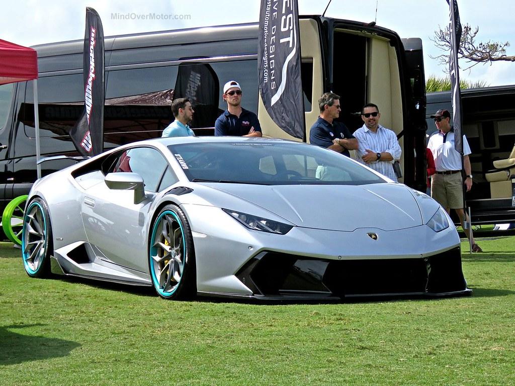 Stanced Lamborghini Huracan Amelia 1