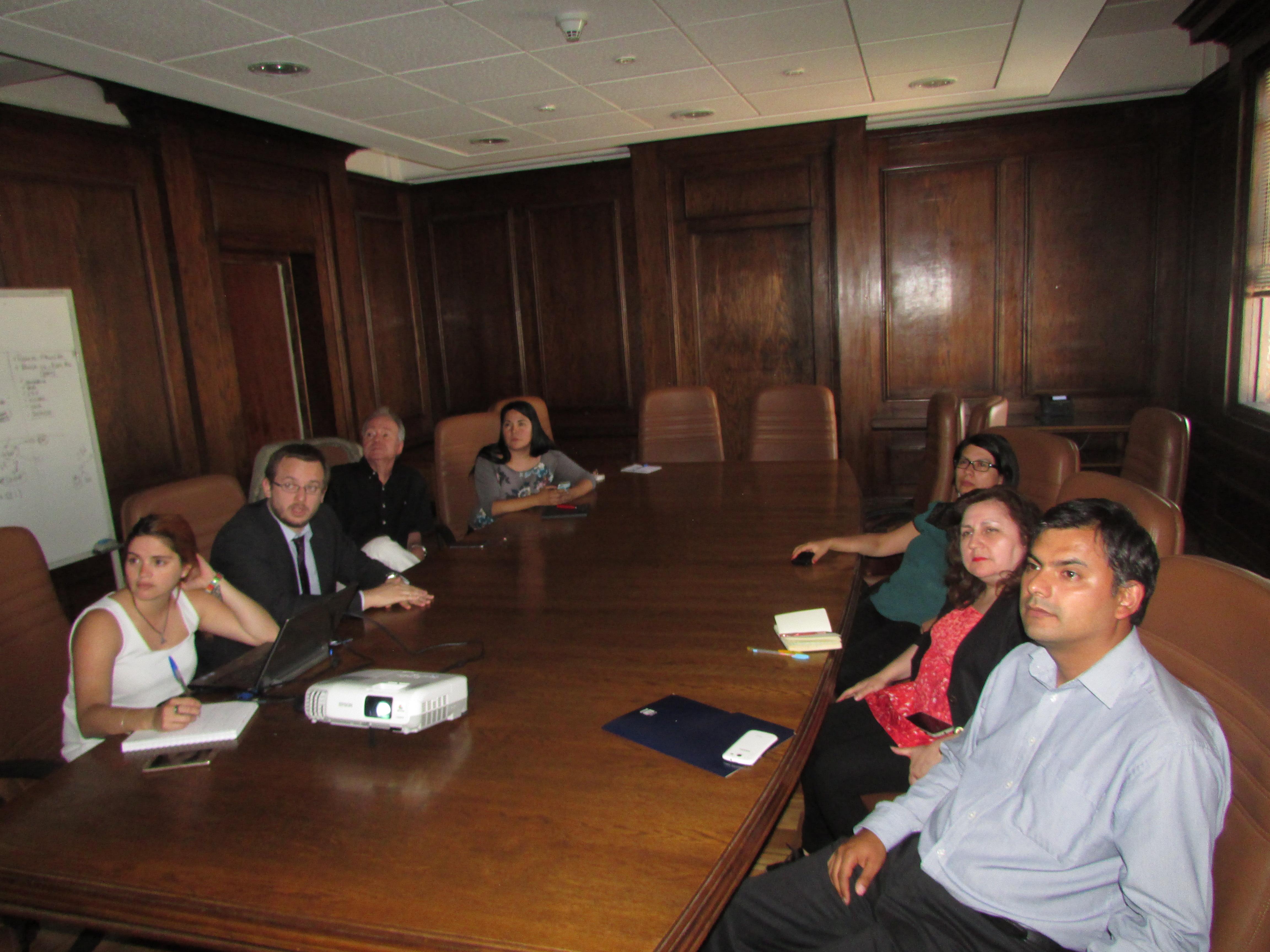 FTH se reúne con Hacienda por avances en Instructivo Presidencial