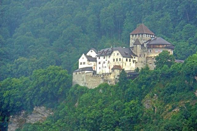 Liechtenstein-00188 - Vaduz Castle