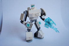 [MOC] Mini Robot : Rebooted 32043312721_46f3c8d1b0_m