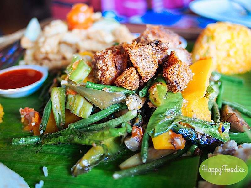 Pakbet with crunchy bagnet