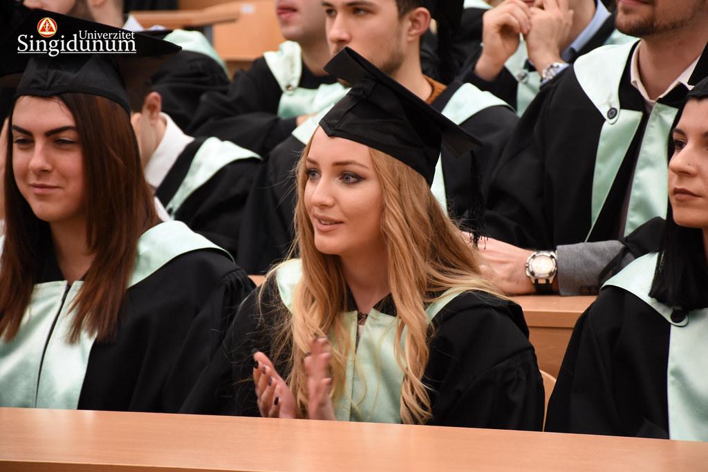 Svecana dodela diploma - atmosfera - 2017 - 369