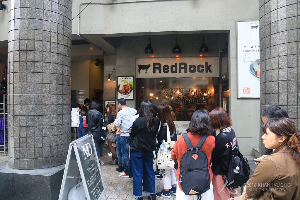 ReRock Cafe 022 (queue @ 1PM).jpg