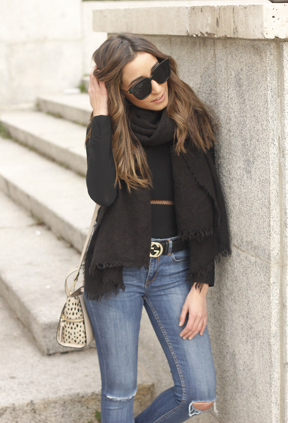 black sweater jeans gucci belt outfit style fashion scarf acosta bag07