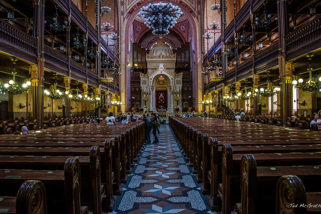 Intérieur de la Grande Synagogue de Budapest - Photo de Ted McGrath