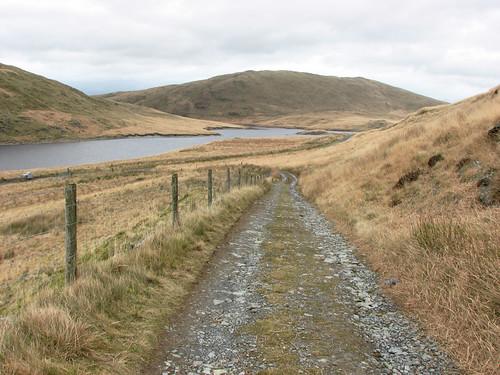 Track & reservoir