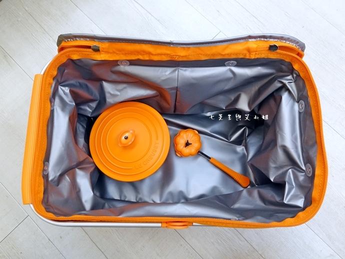 21 7-11 法國 Le Creuset 食尚集點送 食尚餐具組、雙層微波便當盒、食尚兩用餐墊、食尚保冷提籃