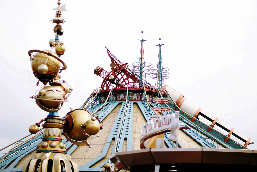 Drawing Dreaming - 10 razões para visitar a Disneyland Paris - Space Mountain