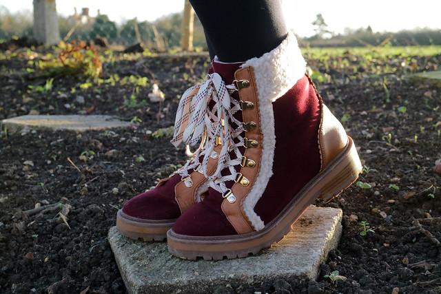 Sturdy River Island boots