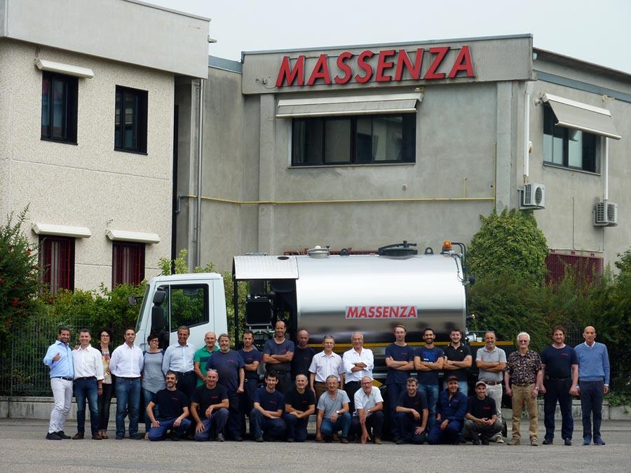 Фабрика MASSENZA выпустила 1000-ый автогудронатор