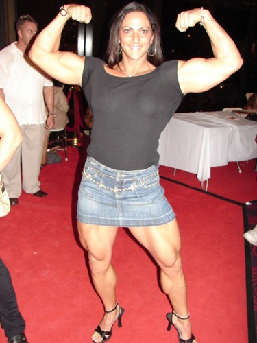 Mimi Jabalee Front Double Biceps  2005 Nationals -5962
