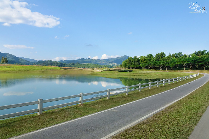 singha park cycling lake