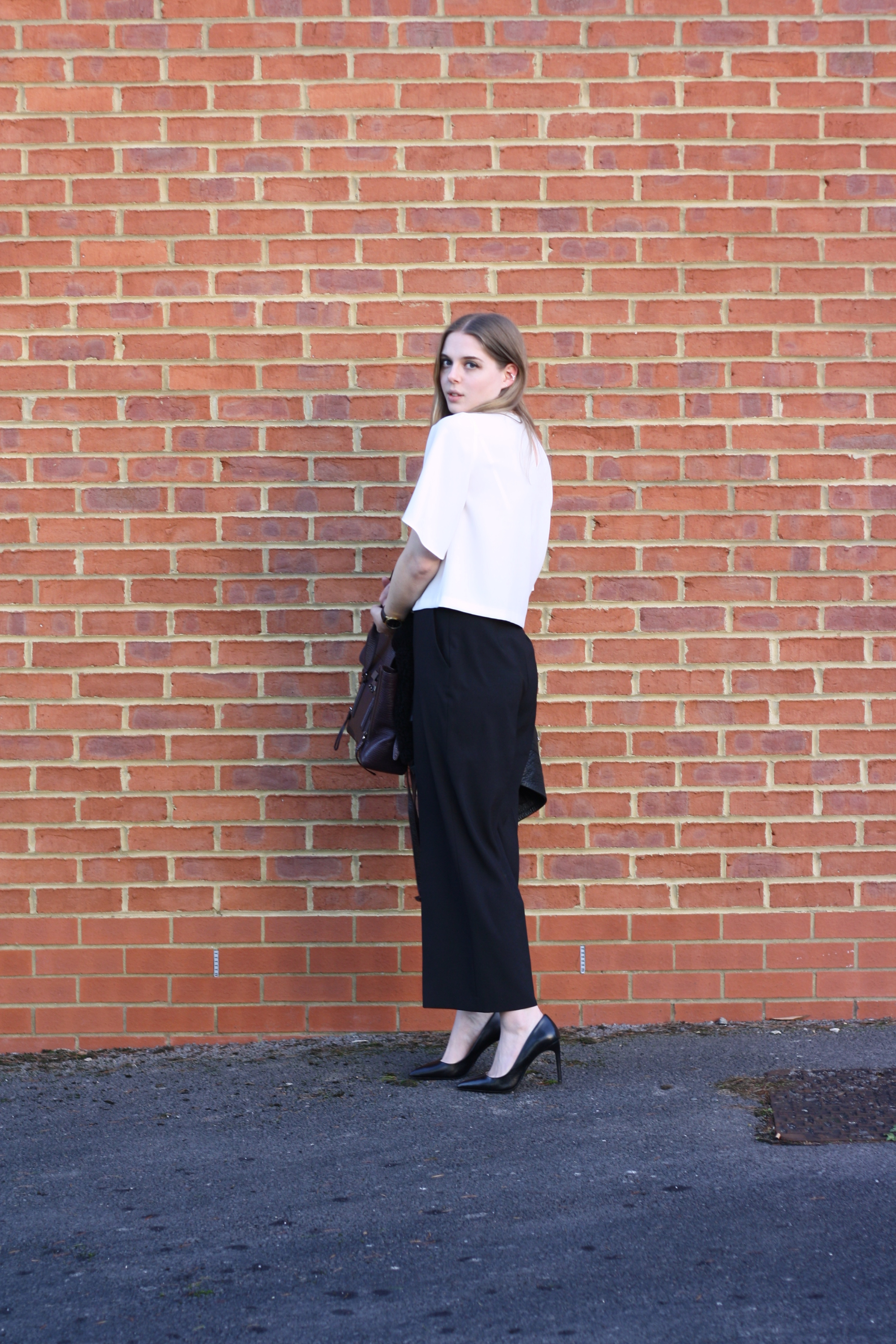 Zara black leather court shoes and Zara white cropped top