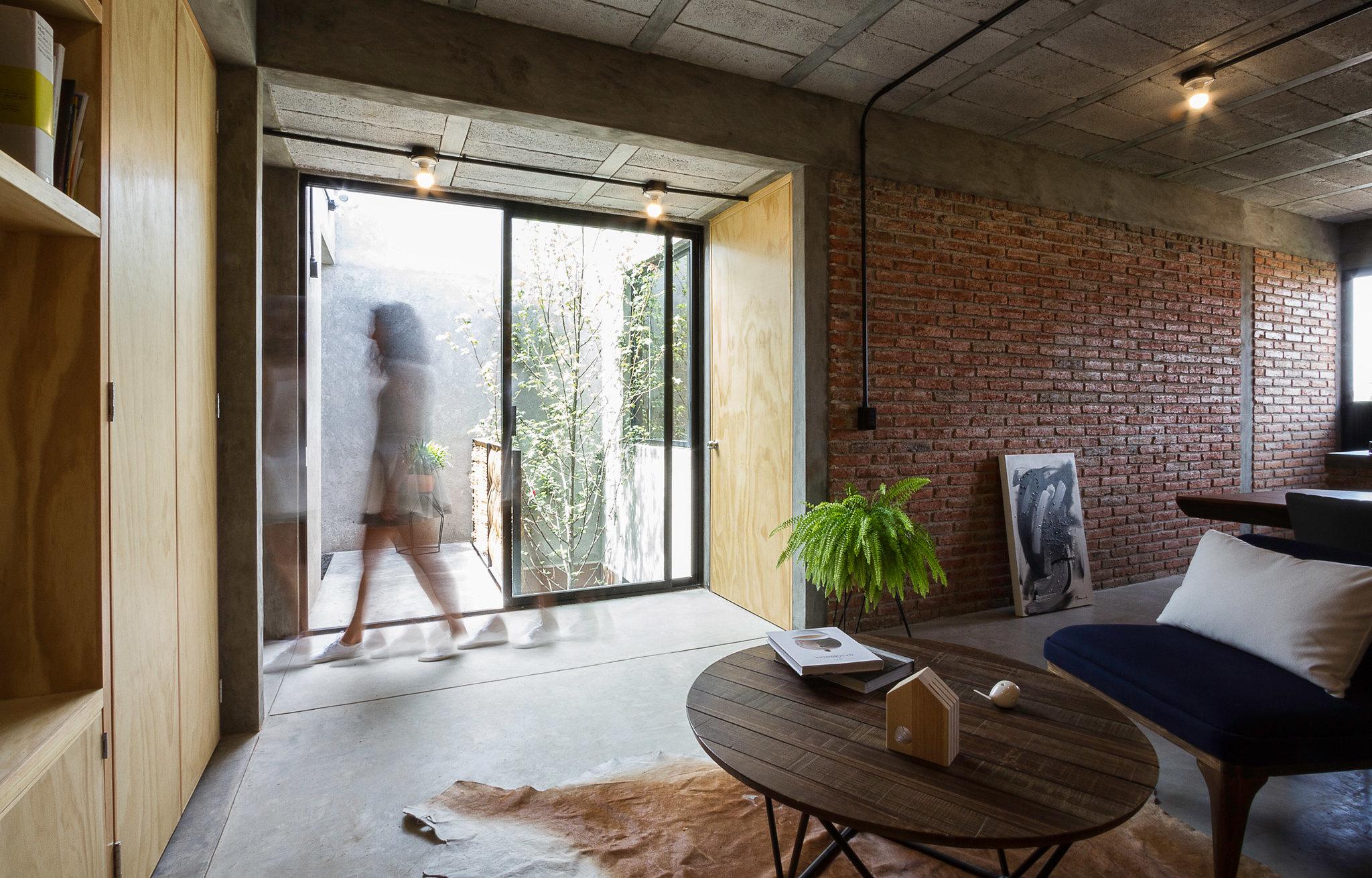 Mexican studio created by Intersticial Arquitectura Sundeno 7
