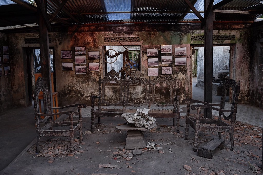 Abandoned house after Merapi Volcanoes eruption @ Yogyakarta #merapijogja #jogja #gunungmerapi #museummerapi #jeepwisatakaliurang