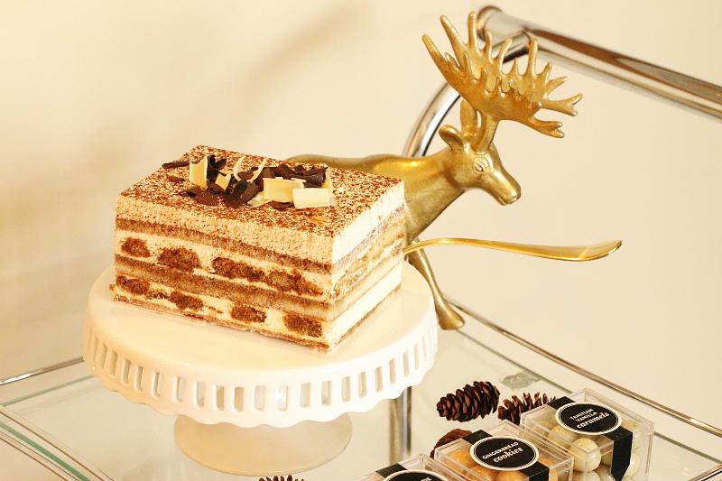 dessert-bar-cart-13