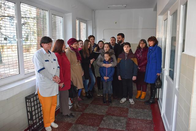 Ionela Balinte a oferit daruri copiilor internati la pediatrie