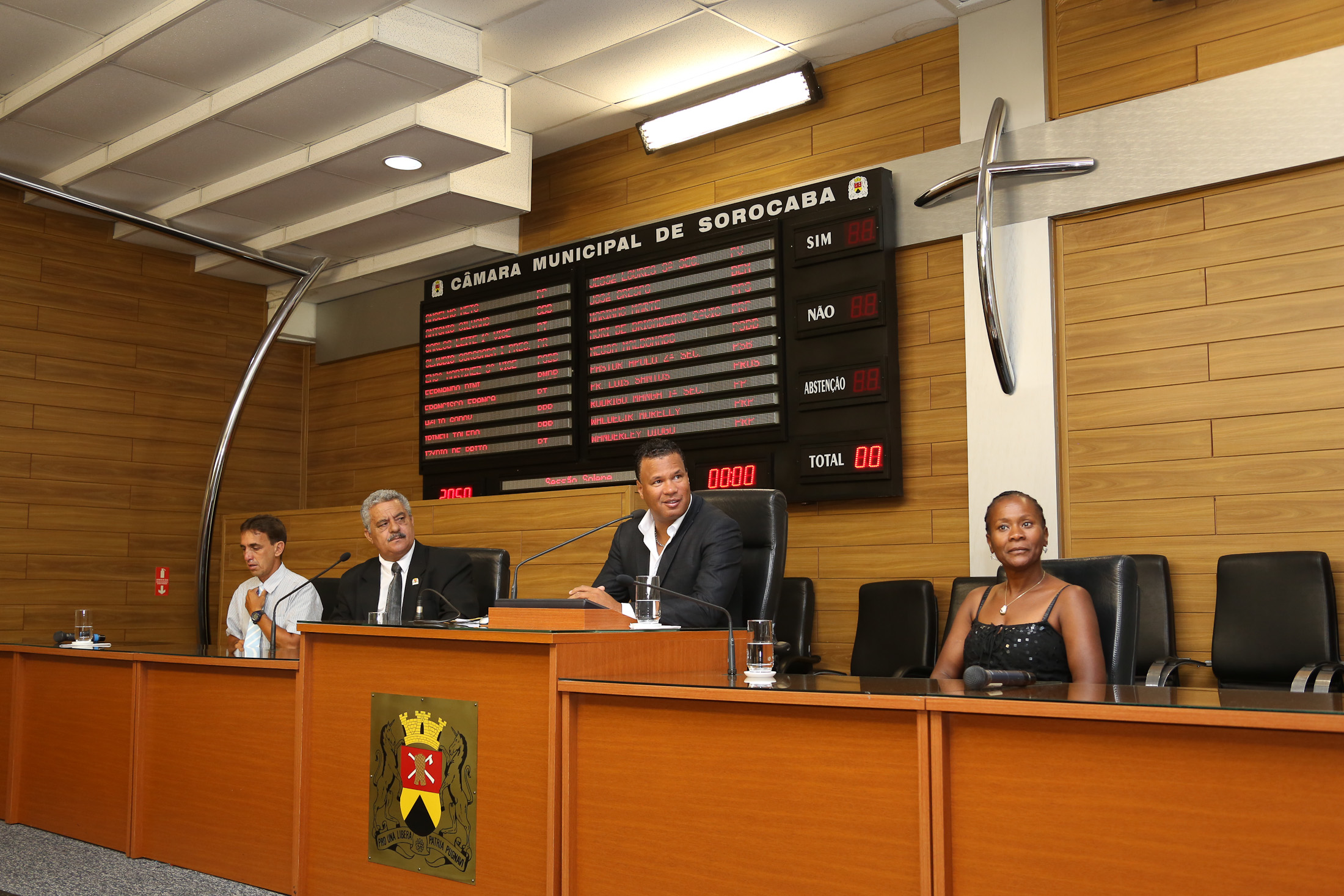 TCE Marli Oliveira e Valdinei Oliveira