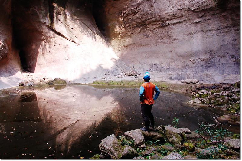 蝙蝠洞瀑布 2