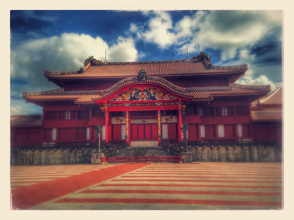 Shuri Castle_01