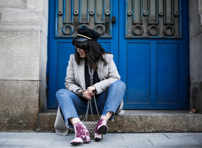 velvet-pink-botties-asos-long-coat-grey-streetstyle-myblueberrynightsblog7