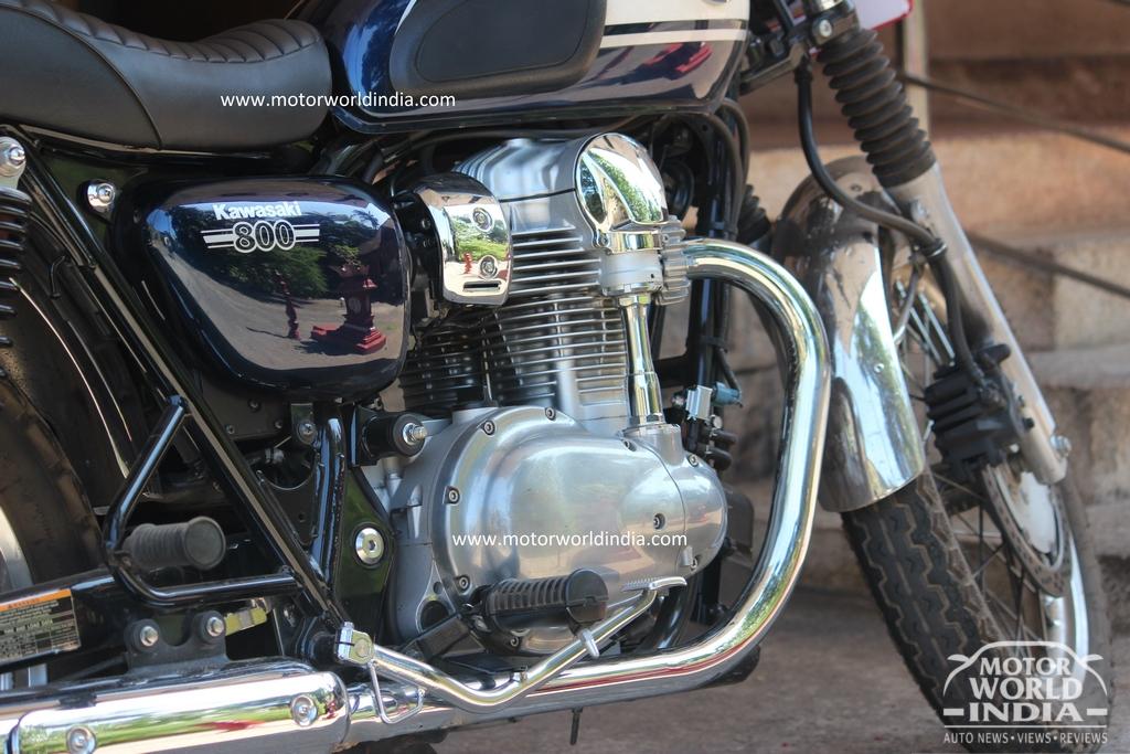 Kawasaki-W800-Spy-Pics (2)