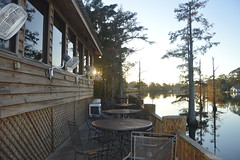 096 Waterfront Grill