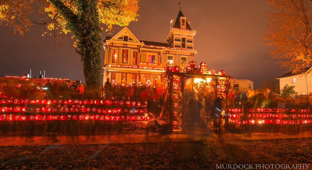 The Famous Pumpkin House this evening from Kenova, WV!