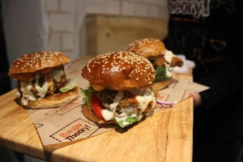 mmmmthatisatastyburger