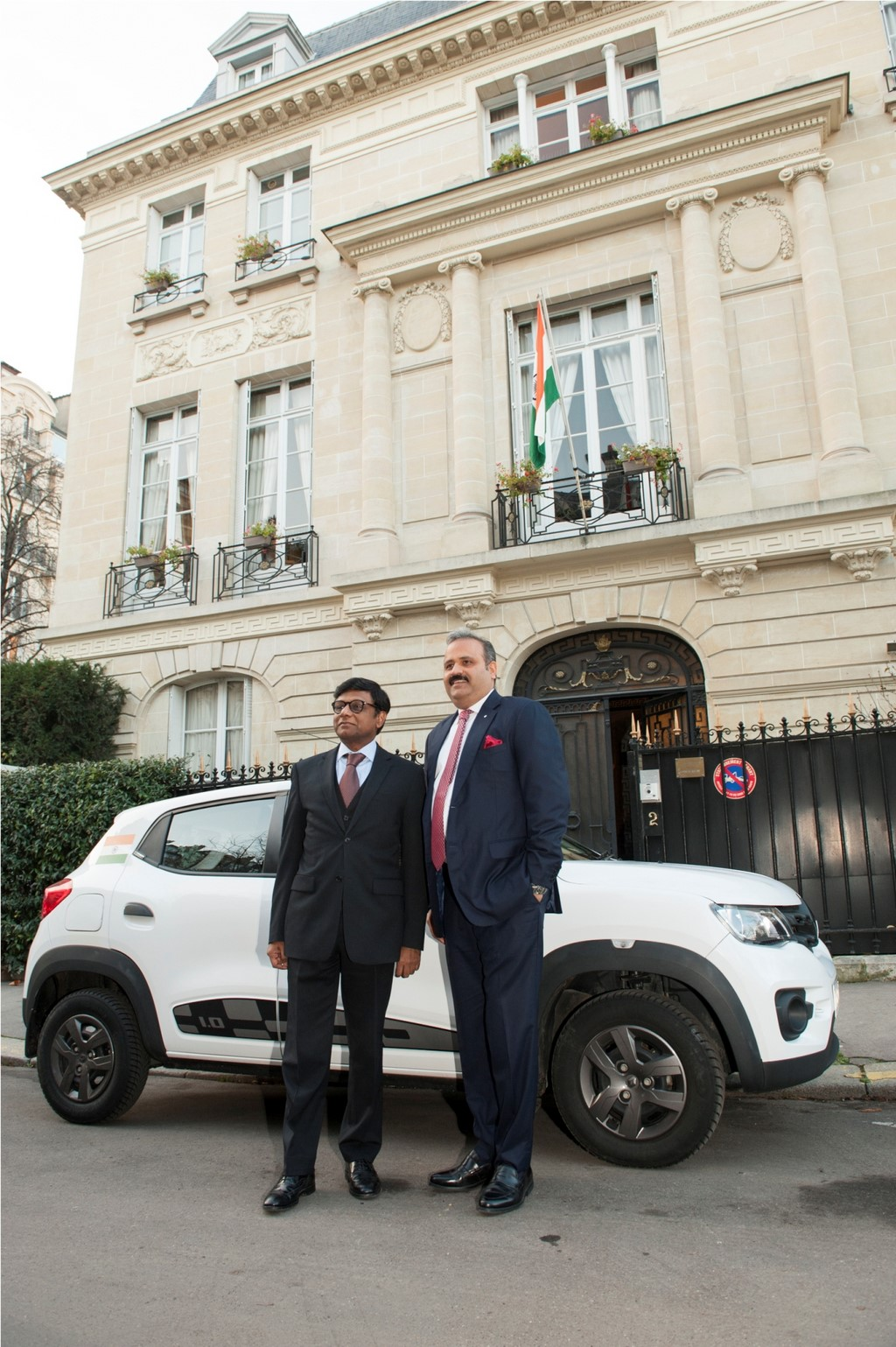 Renault-Kwid-Delhi-To-Paris (2)