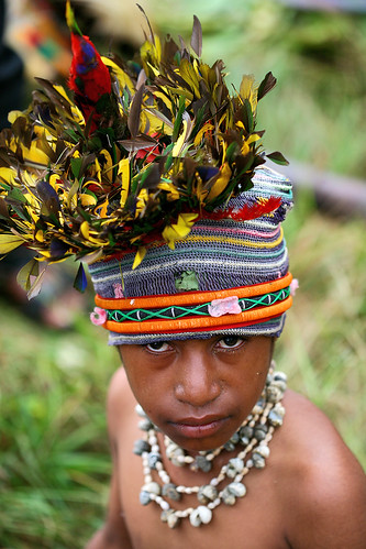 Papua New Guinea - headdress | by Eric Lafforgue