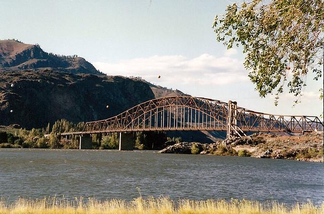 Inundating the entiat river bridge