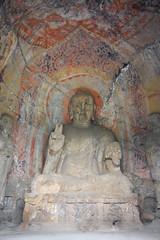 Dans une grotte de Longmen