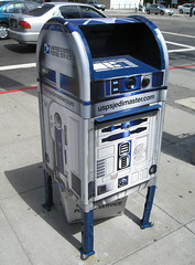 R2D2 Mailbox | by Scott Beale