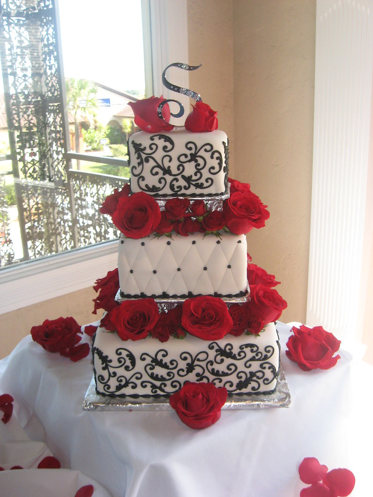 White Black And Red Roses Wedding Cake