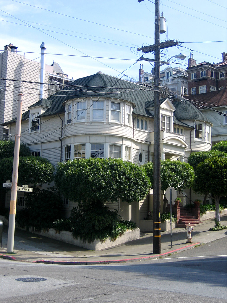 mrs doubtfire house this was the last house we saw on. Black Bedroom Furniture Sets. Home Design Ideas