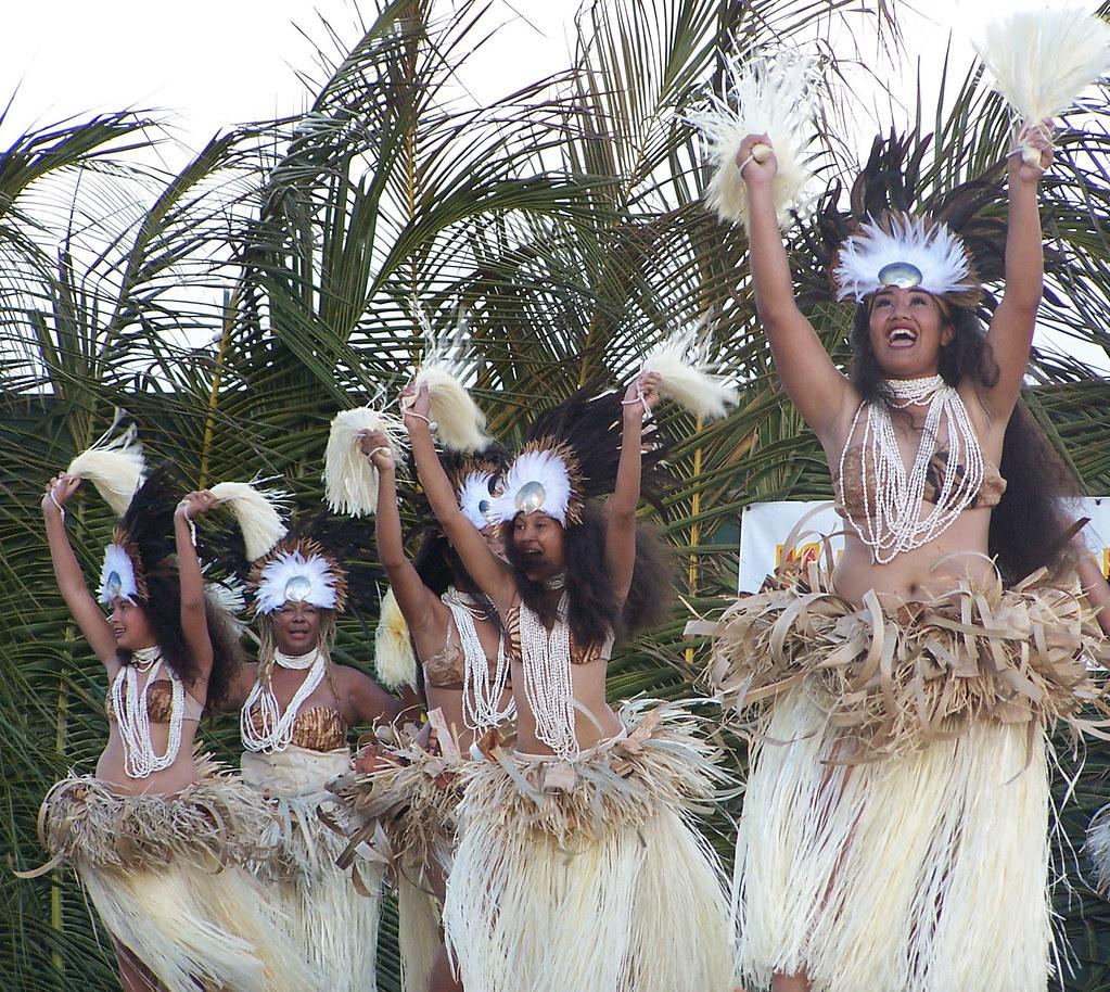 Tahitian Group 103