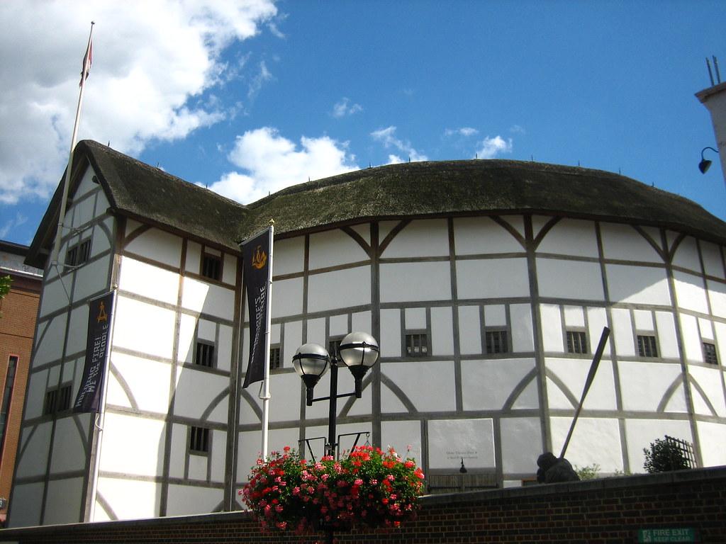 Citaten Shakespeare Globe : Shakespeare s globe a reconstruction of the theatre