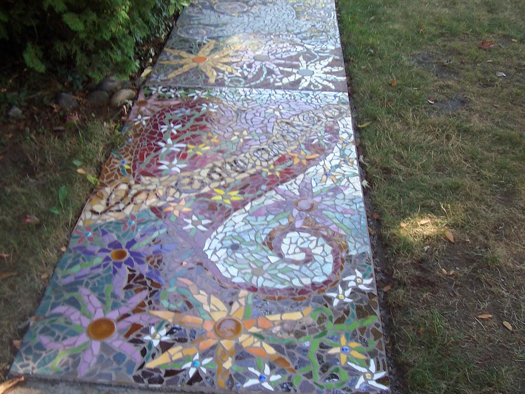 Garden Walkways Mosaic Front Walkway Patti And Terry Flickr