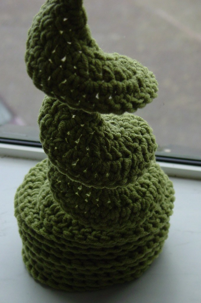 Knitting Pattern For Spiral Scarf : Crocheted Spiral Scarf Pattern: my own / improvized Yarn: ? Flickr