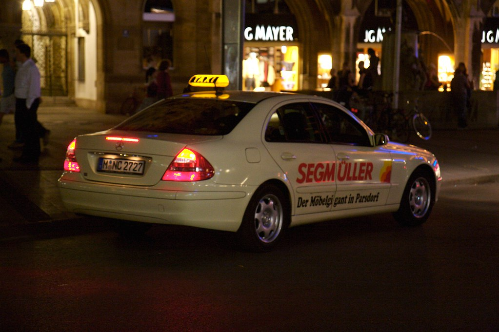 img taxis in munich are mostly mercedes benz cars flickr. Black Bedroom Furniture Sets. Home Design Ideas