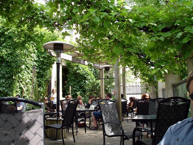 Vines Restaurant Bar